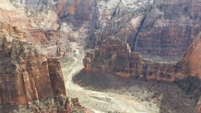 Angels Landing - Wilde Escape