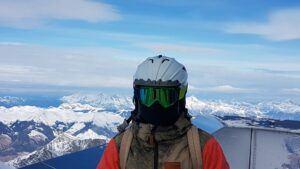 ski-helmet-and-goggles-mtn