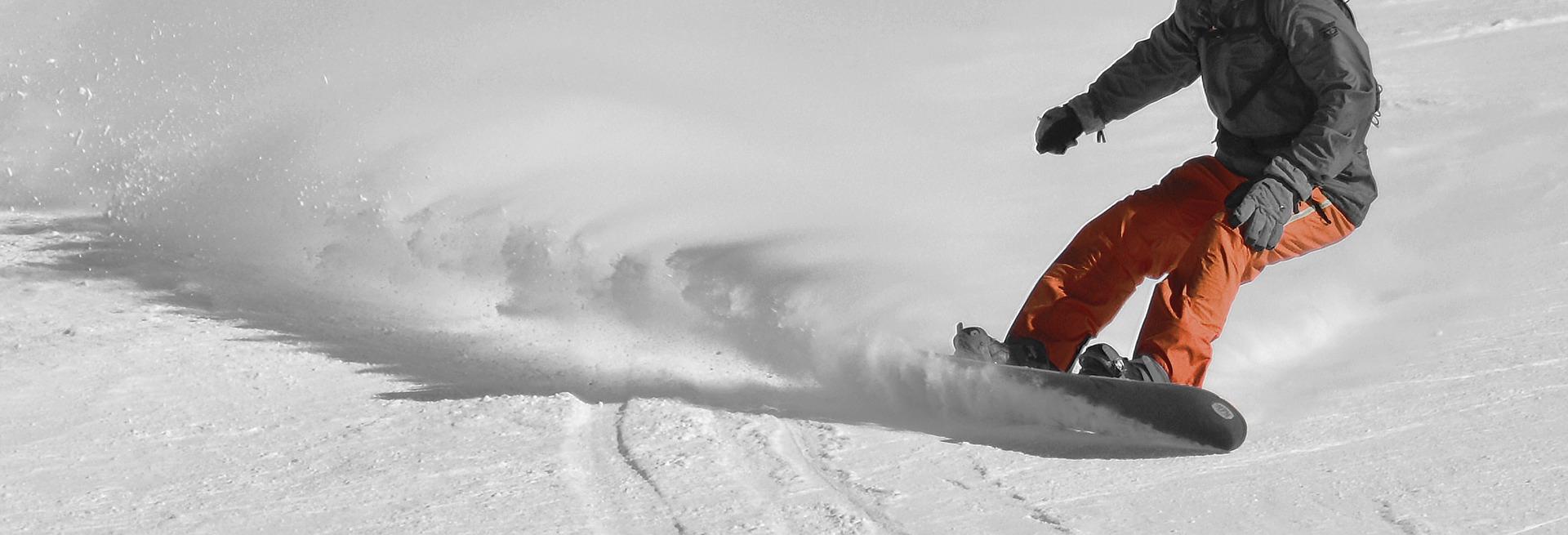 snowboarding-downhill