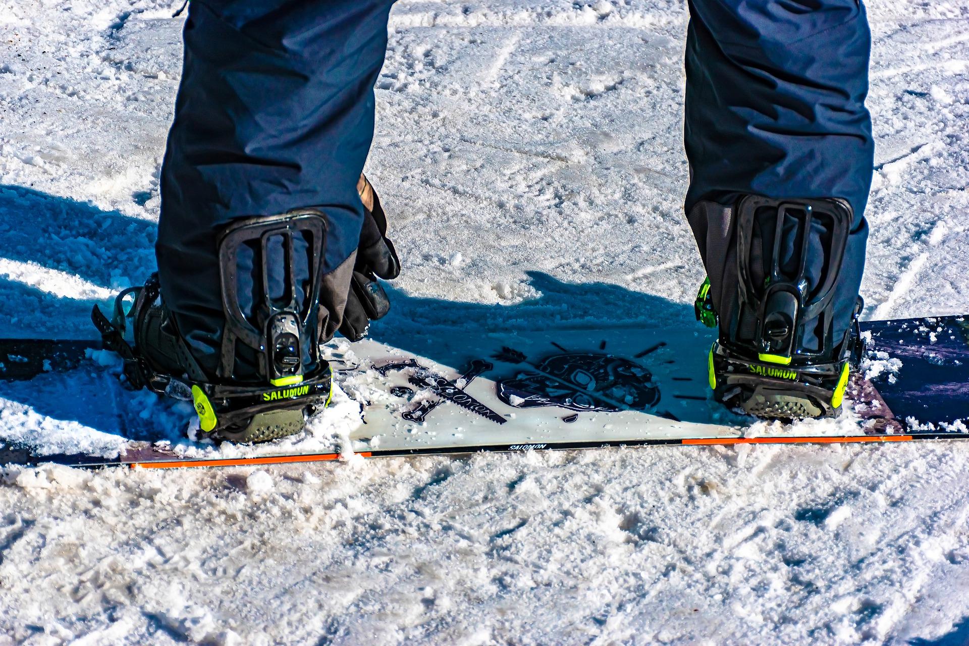 snowboarding-boot-closeup