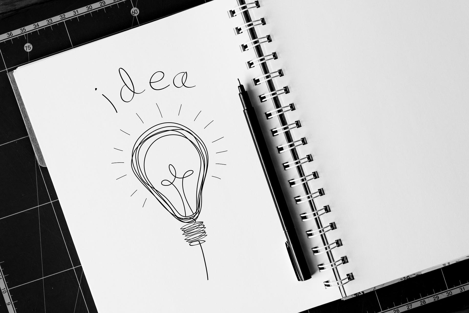 idea-notepad-and-pen