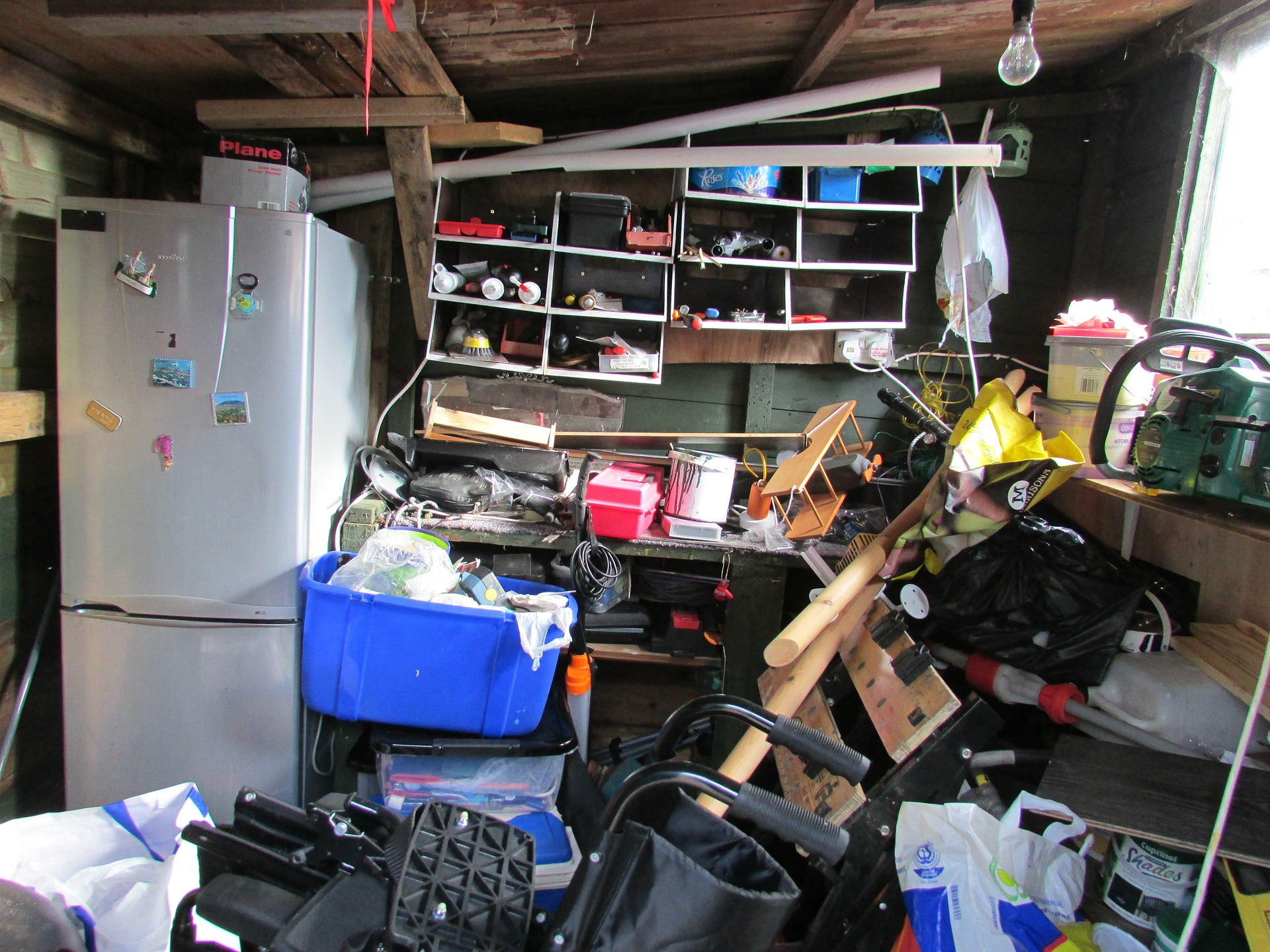 room-clutter-in-need-of-the-30-day-Minimalist-Challenge