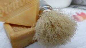 shaving-brush-with-bar